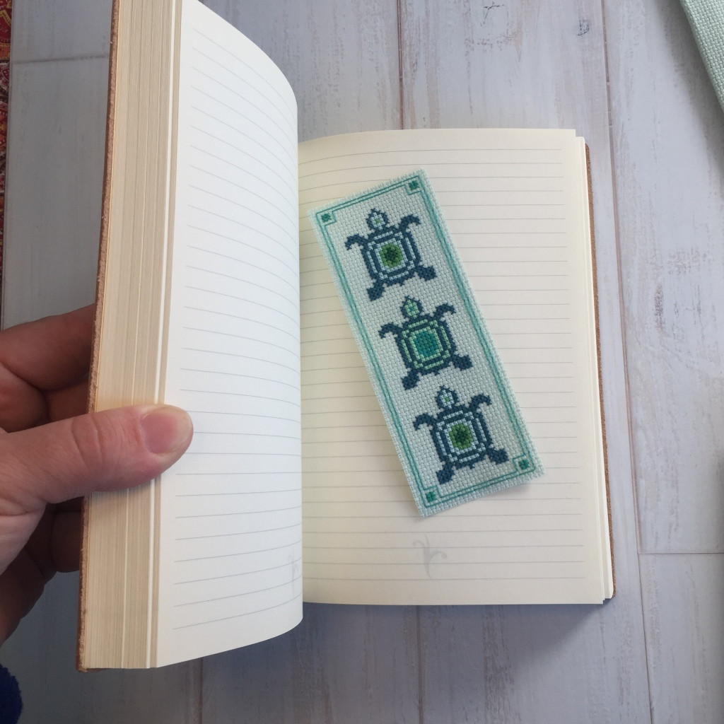 Small Easy Quick Cross stitch green and teal sea turtle bookmark pattern